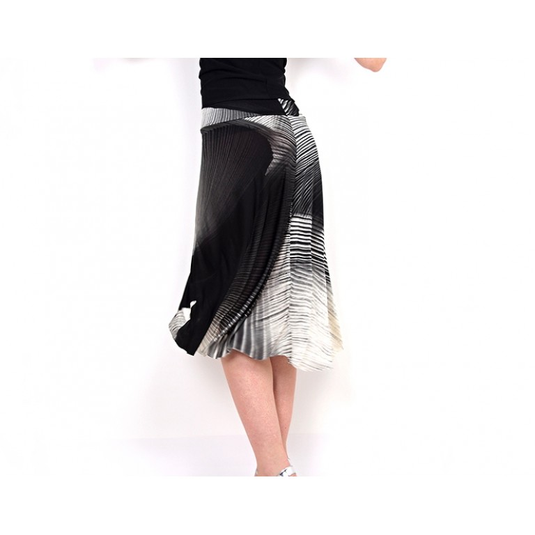 Lisadore Dance Wear - Waves of Strokes