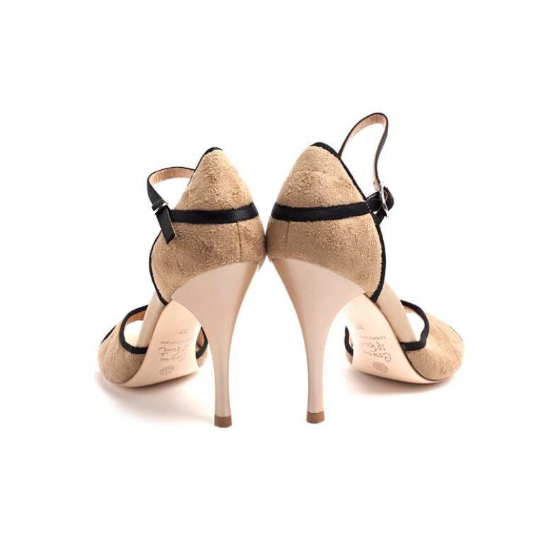 Comme Il Faut Shoes - Beige Matelasse Negro